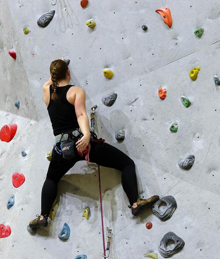Indoor climbing course
